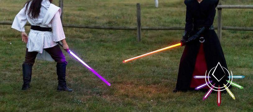 Un entraînement de l'Enclave du Dernier Ordre, association toulousaine de combat et duels artistiques au sabre laser.