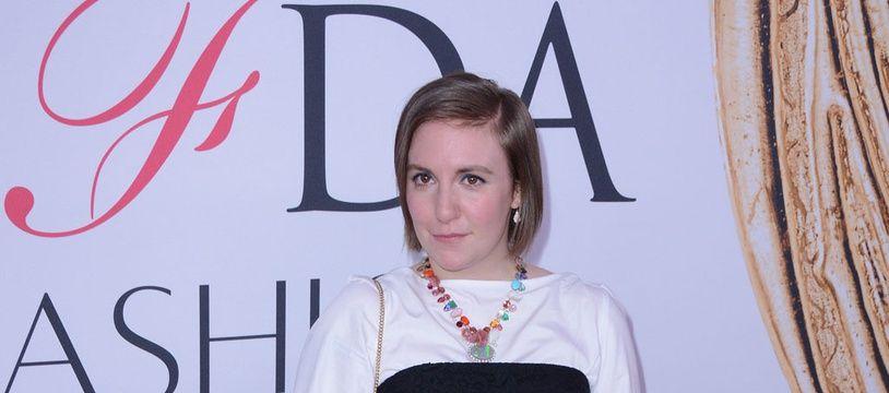 L'actrice et réalisatrice Lena Dunham aux CFDA Fashion Awards