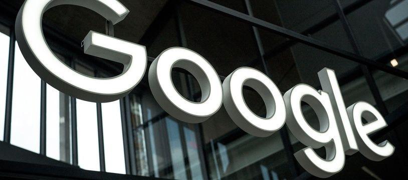 Google accorde désormais moins de place à son slogan informel.