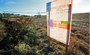 Les projets de panneaux photovoltaïques fleurissent dans les champs du Sud-Ouest.