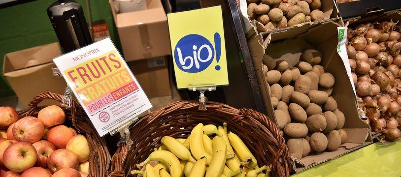 On reprochait au jeune salarié d'avoir volé une banane.