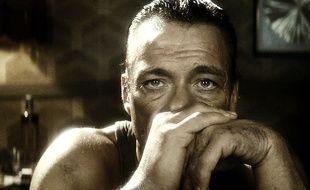 Jean-Claude Van Damme est Jean-Claude Van Damme dans «JCVD», à moins que ce soit l'inverse