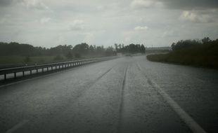 L'A71 sous la pluie à Epineul-Le-Fleuriel.