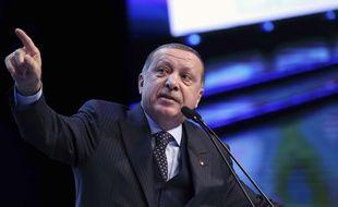 """""""La Palestine est une victime innocente (...) Quant à Israël, c'est un Etat terroriste, oui, terroriste !"""", a lancé M. Erdogan lors d'un discours enflammé"""