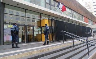 L'entrée de l'école Alain Fournier à Paris (14e).