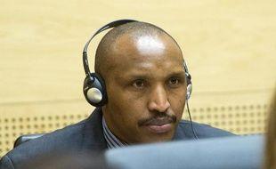 """L'ancien chef de guerre Bosco Ntaganda, surnommé Terminator, a eu un """"rôle central"""" dans les crimes """"ethniques"""" commis dans l'est de la République démocratique du Congo en 2002 et 2003, notamment le viol d'enfants soldats, a accusé lundi le procureur de la Cour pénale internationale."""