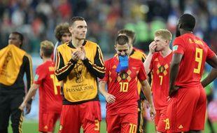 L'équipe belge après la défaite (1-0) face aux Bleus, en demi-finale de la Coupe du monde, mardi 10 juillet.