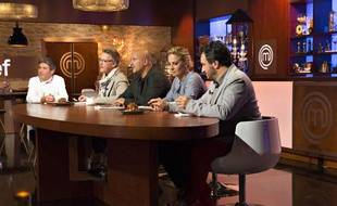 Le jury de «MasterChef»: Amandine Chaignot, Frédéric Anton,Yves Camdeborde, Sébastien Demorand et Michel Roth.