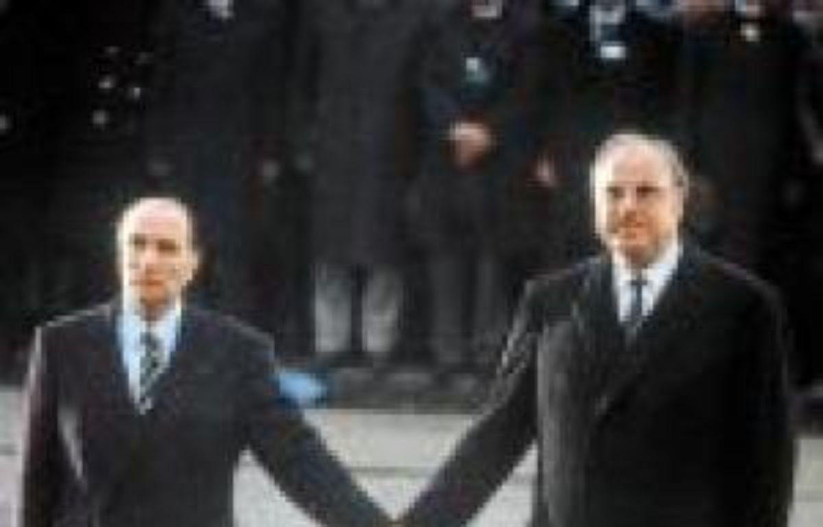 Mitterrand et Kohl, en 1984. –  WITT / SIPA