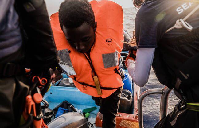 «Ocean Viking» : Le navire porte secours à 196 migrants en Méditerranée