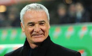 """L'entraîneur de l'Inter Milan, Claudio Ranieri, a estimé que son équipe avait """"fait des pas de géants"""" pour revenir du bas du classement à la 5e place du championnat d'Italie, grâce à sa victoire dimanche contre l'AC Milan (1-0) dans le derby, son sixième succès de rang en Série A."""