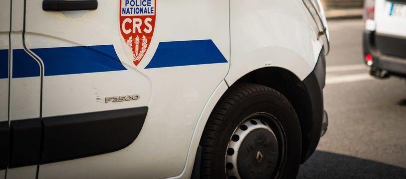 Un fourgon de CRS. (Illustration)