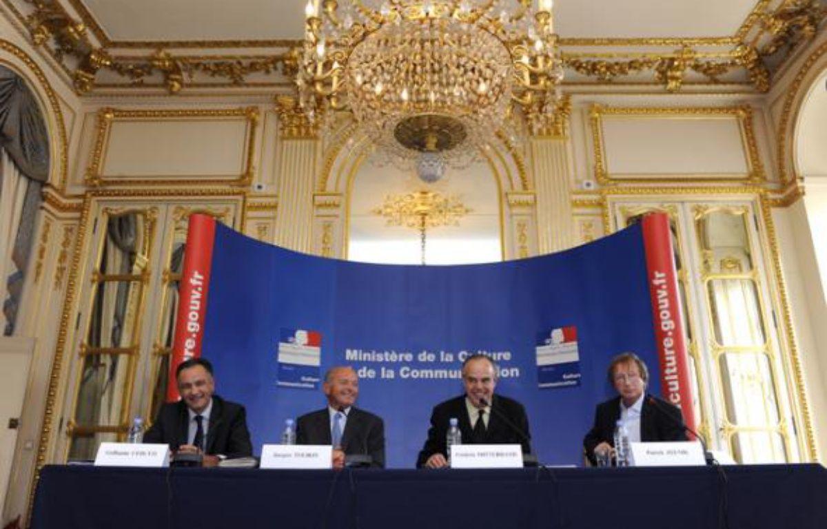 """Frédéric Mitterrand installe la mission """"Création et Internet"""" jeudi 3 septembre 2009 – Didier Plowy/MCC"""