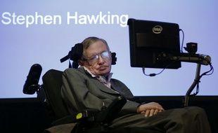 Stephen Hawking, le 2 décembre 2014, à Londres.