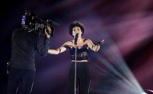La chanteuse française Barbara Pravi, lors de sa première répétition sur la scène de la Ahoy Rotterdam (Pays-Bas), le 13 mai 2021.