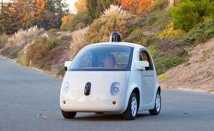 Un protoype de Google Car dévoilé par Google le 22 décembre 2014.