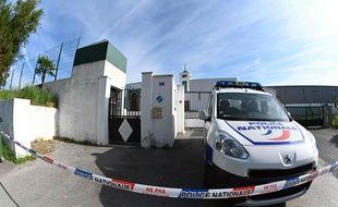 Une voiture de la police devant la mosquée de Bayonne, le 29 octobre 2019.