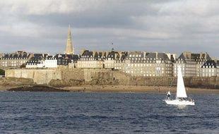 Vue de la mer de Saint-Malo, octobre 2010.