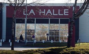 Un magasin La Halle, le 7 avril 2015, dans les environs de Rennes