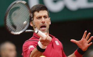 Novak Djokovic contre Tomas Berdych le 2 juin 2016 à Roland-Garros.