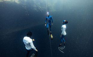 Arnaud Jerald a battu le record du monde de plongée en apnée bi-palmes
