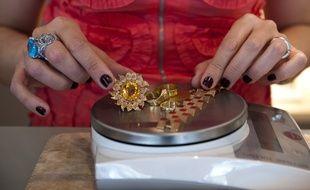 Elle lance une alerte à la bombe pour éviter la vente aux enchères de ses bijoux à Nancy (Illustration)