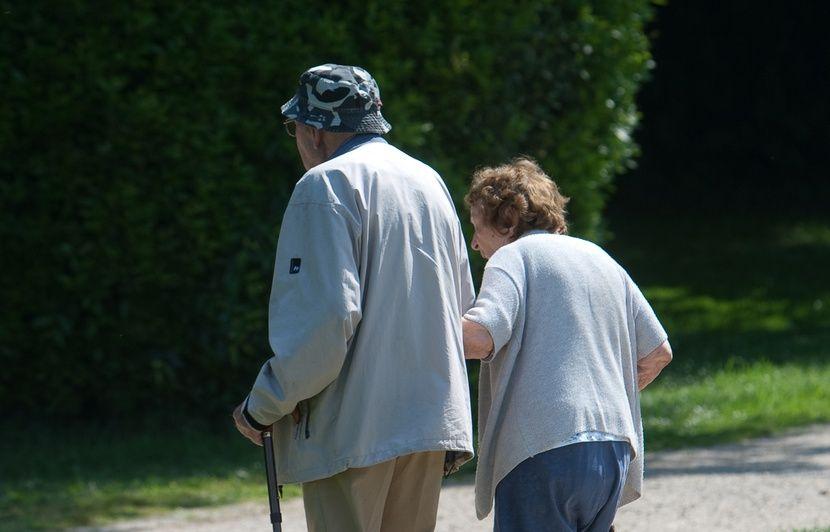 Sondage: Six Français sur dix opposés à un report de l'âge légal de départ à la retraite
