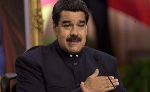 Le président vénézuélien, Nicolas Maduro, en conférence de presse à Caracas le 22 août 2017, après la fuite de l'ex-procureure, Luisa Ortega et de son mari.