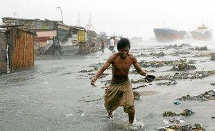 Nesat, dont les vents atteignent 200km/h, a fait 7 morts aux Philippines.