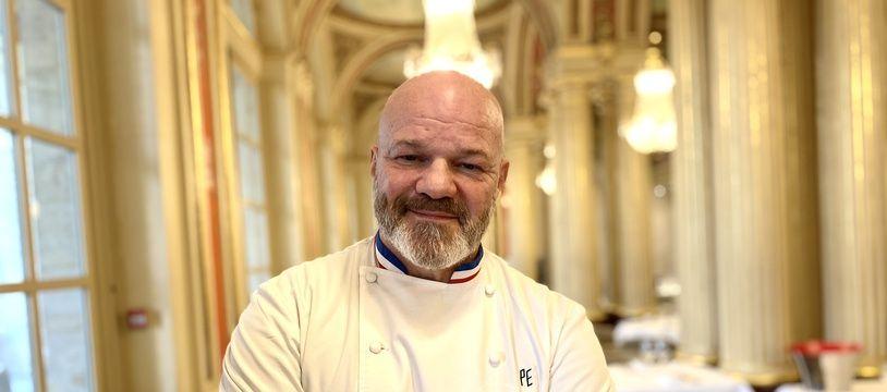 Le 6 décembre 2019, le chef étoilé Philippe Etchebest, dans son restaurant Le Quatrième Mur à Bordeaux