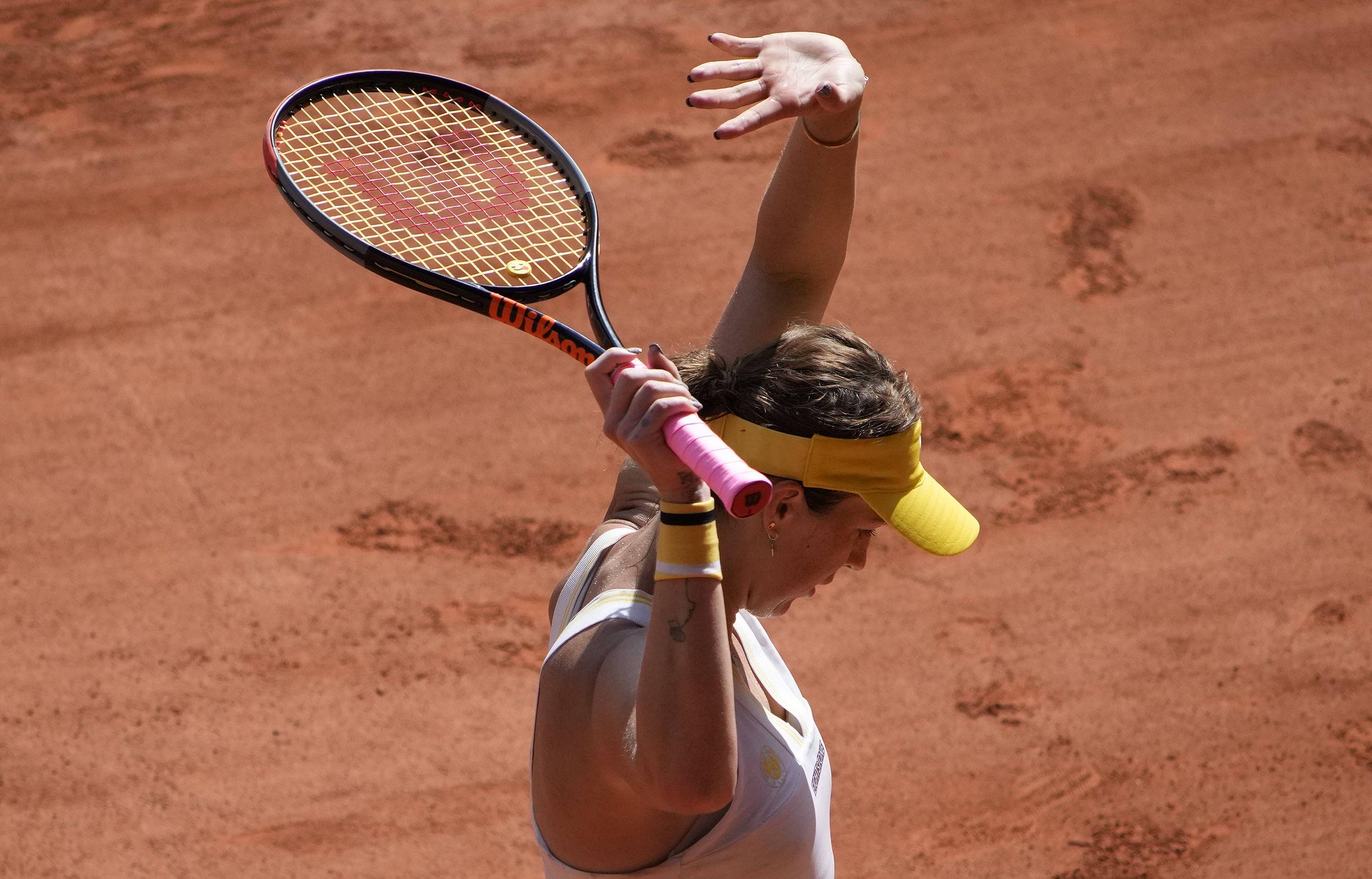 La Russe Anastasia Pavlyuchenkova après avoir vaincu Tamara Zidansek en demi-finale du tournoi de tennis de Roland-Garros, le jeudi 10 juin 2021, à Paris.