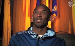 Kobe encourage son pote Steven Gerrard