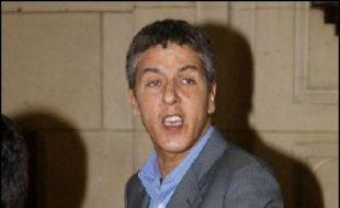 """Le comédien Samy Naceri, mis en examen et placé en détention provisoire en 2005, a de nouveau été interpellé """"en état d'ébriété"""" à Boulogne-Billancourt (Hauts-de-Seine) jeudi soir """"dans des conditions mouvementées"""", a-t-on appris vendredi de source policière."""