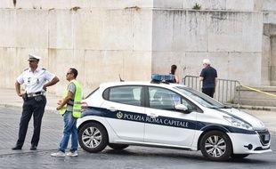 Une patrouille de police à Rome, en Italie, le 19 août 2016.