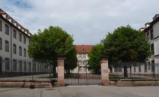 Le lycée Batholdi de Colmar.