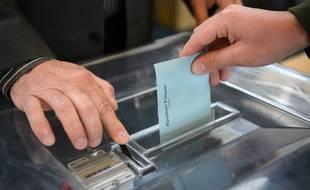 Un bureau de vote le 26/05/2019. Credit:ALLILI MOURAD/SIPA/