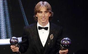 Luka Modric a été sacré joueur de l'année 2018 par la Fifa, lundi 24 septembre à Londres.