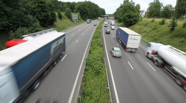 Gard : En panne sur l'autoroute, il sort de sa voiture et se fait percuter