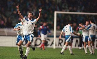L'Israélien Harazi a inscrit le premier des trois buts de son équipe face à la France (2-3), le 13 octobre 1993.
