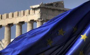 """Le gouvernement grec s'est dit mardi """"proche"""" d'un accord-cadre sur l'effacement de la moitié de la dette publique grecque détenue par les institutions privées, qui sera probablement conclu """"d'ici début janvier""""."""