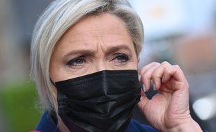 Marine Le Pen, à Hénin-Beaumont le 11 novembre 2020.