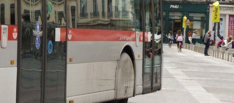 Le chauffeur de bus agressé a subi quatre jours d'ITT. Illustration.