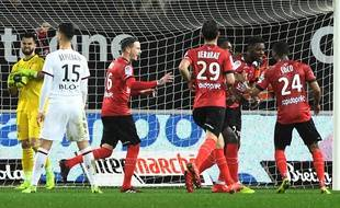 Le Guingampais Eboa Eboa a inscrit le premier but de la tête.