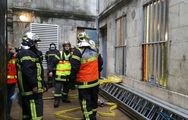 Un exercice grandeur nature a eu lieu lundi matin place du Bouffay à Nantes