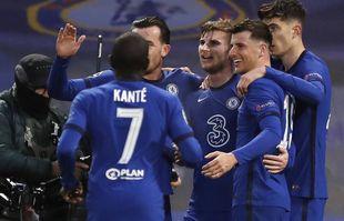 Timo Werner de Chelsea, troisième à partir de la droite, célèbre avec ses coéquipiers après avoir marqué le premier but de son équipe lors de la demi-finale retour de la Ligue des champions contre le Real Madrid à Stamford Bridge, à Londres, le 5 mai 2021.
