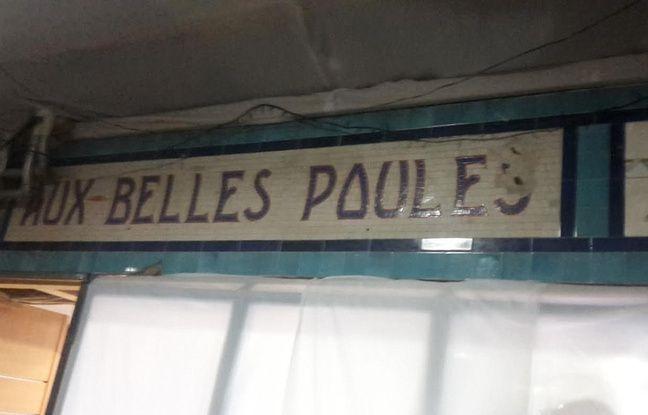 La fresque d'origine du bar de la maison close des Belles Poules