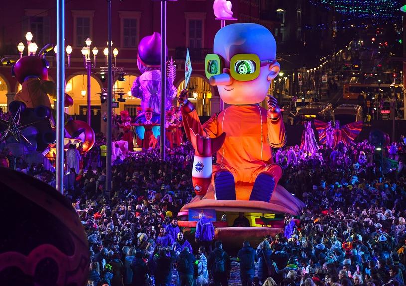 Ouverture du 134e Carnaval de Nice qui a lieu du 17 février au 3 mars 2018 - Roi de l'espace