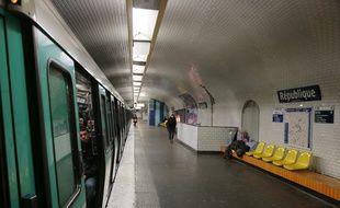 La ligne 11, qui passe par la station République, sera prolongée à l'est jusqu'à Rosny-Bois-Perrier.