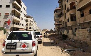Un  convoi humanitaire de la Croix-Rouge à Daraya, en Syrie, le 1er juin 2016.