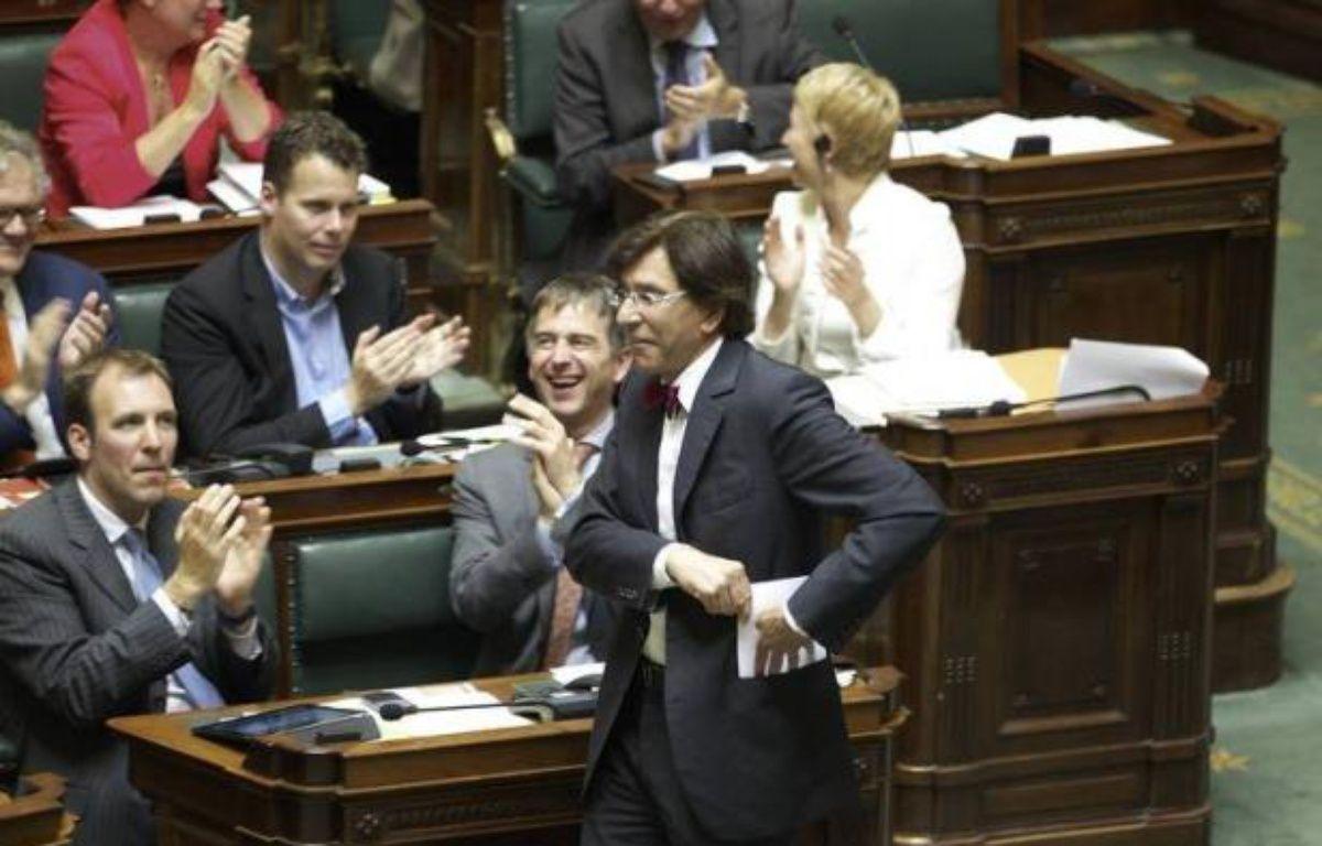 Le Parlement belge a mis fin vendredi à une controverse entre Flamands et Wallons qui empoisonnait la vie politique depuis près de 50 ans, mais les indépendantistes de la Flandre affûtent déjà leurs prochaines revendications. – Nicolas Maeterlinck afp.com